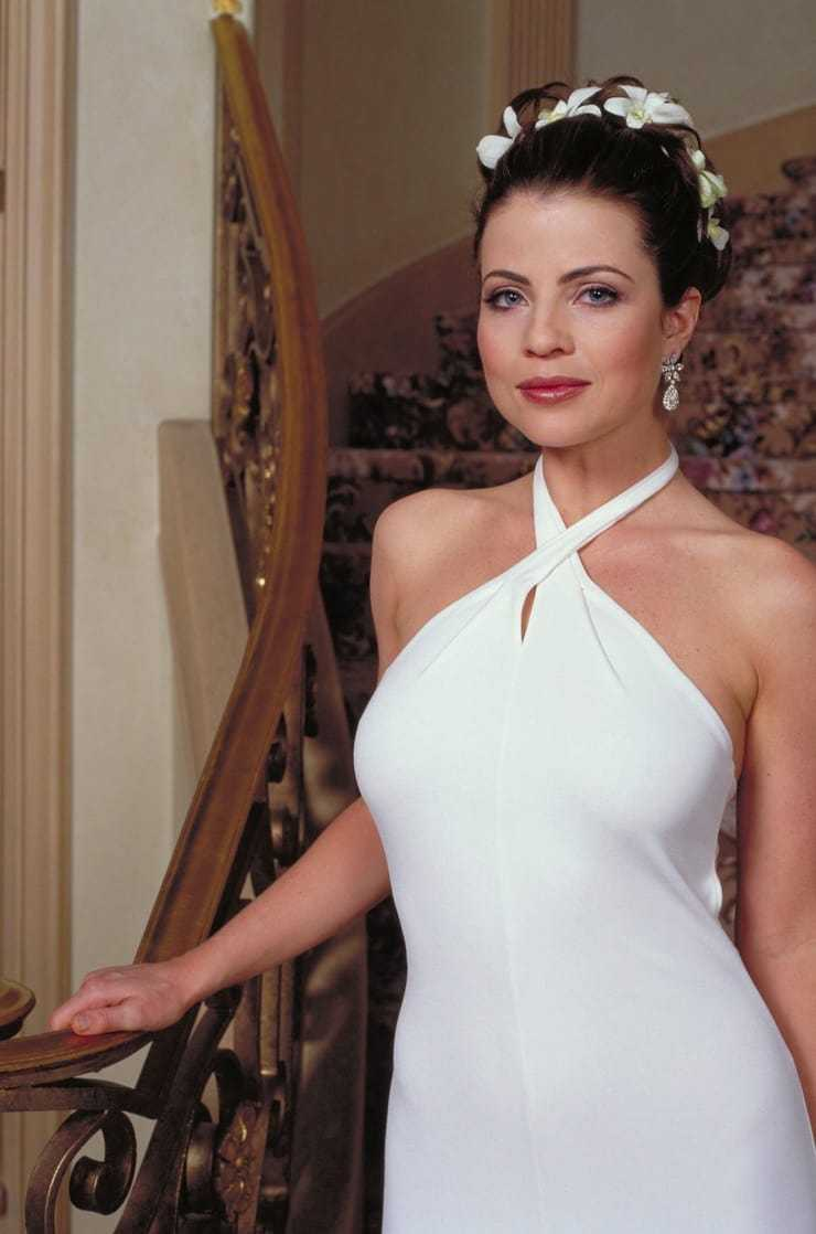 49 hot photos of Yasmine Bleeth with a big ass will shock