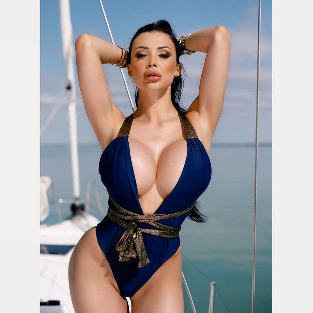 49 hot photos of Aletta Ocean will make your day super