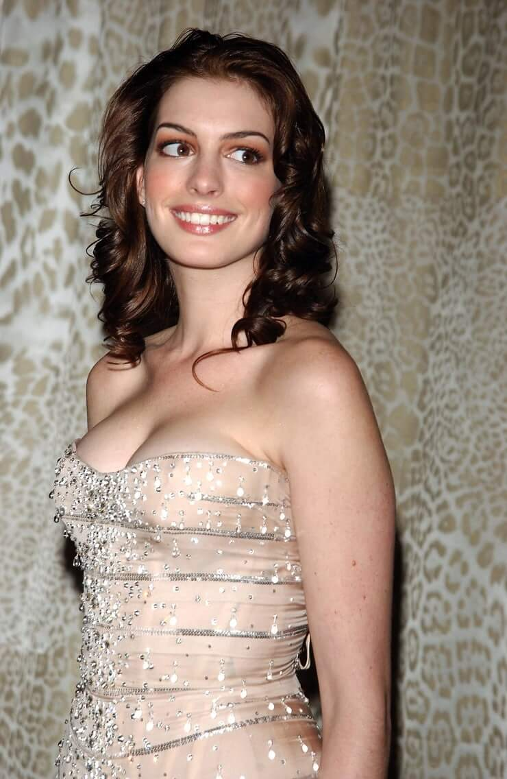 63 Anne Hathaway Sexy Pictures Will Make You Fall In Love