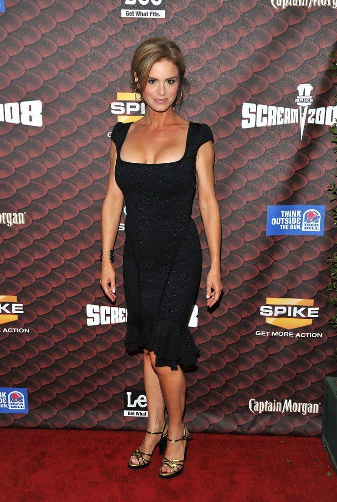 61 Sexy Pictures Of Betsy Russell Will Make You Gaze The