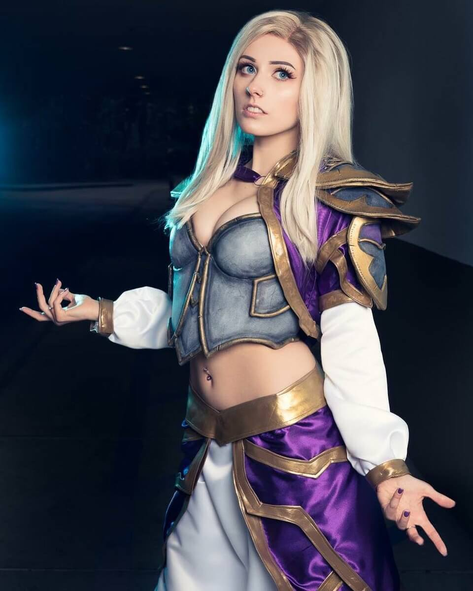 49 hot photos of Jaina - a delight for fans of World of