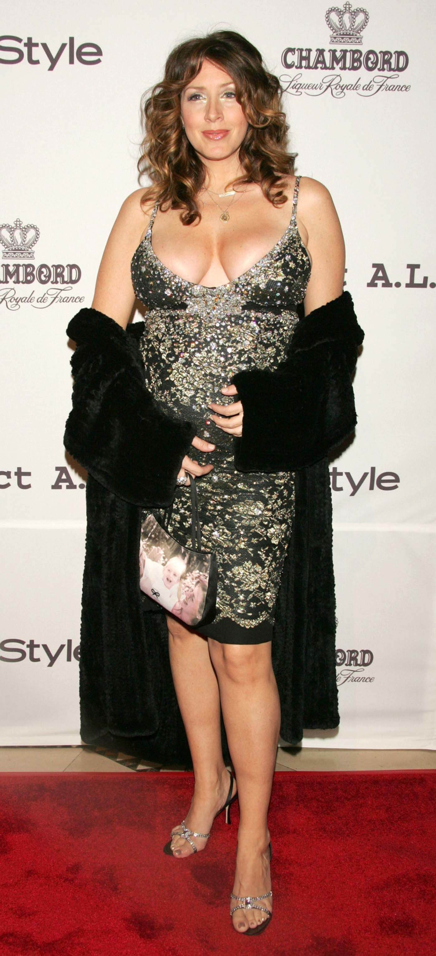 49 hot photos of Joely Fisher - a real work of art