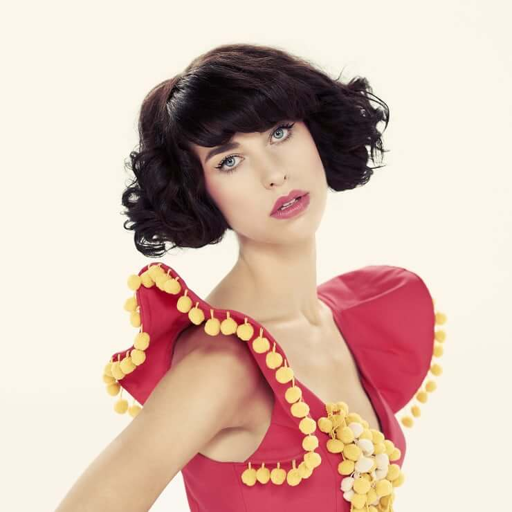 49 hot photos of Kimbra Lee Johnson, which will make your