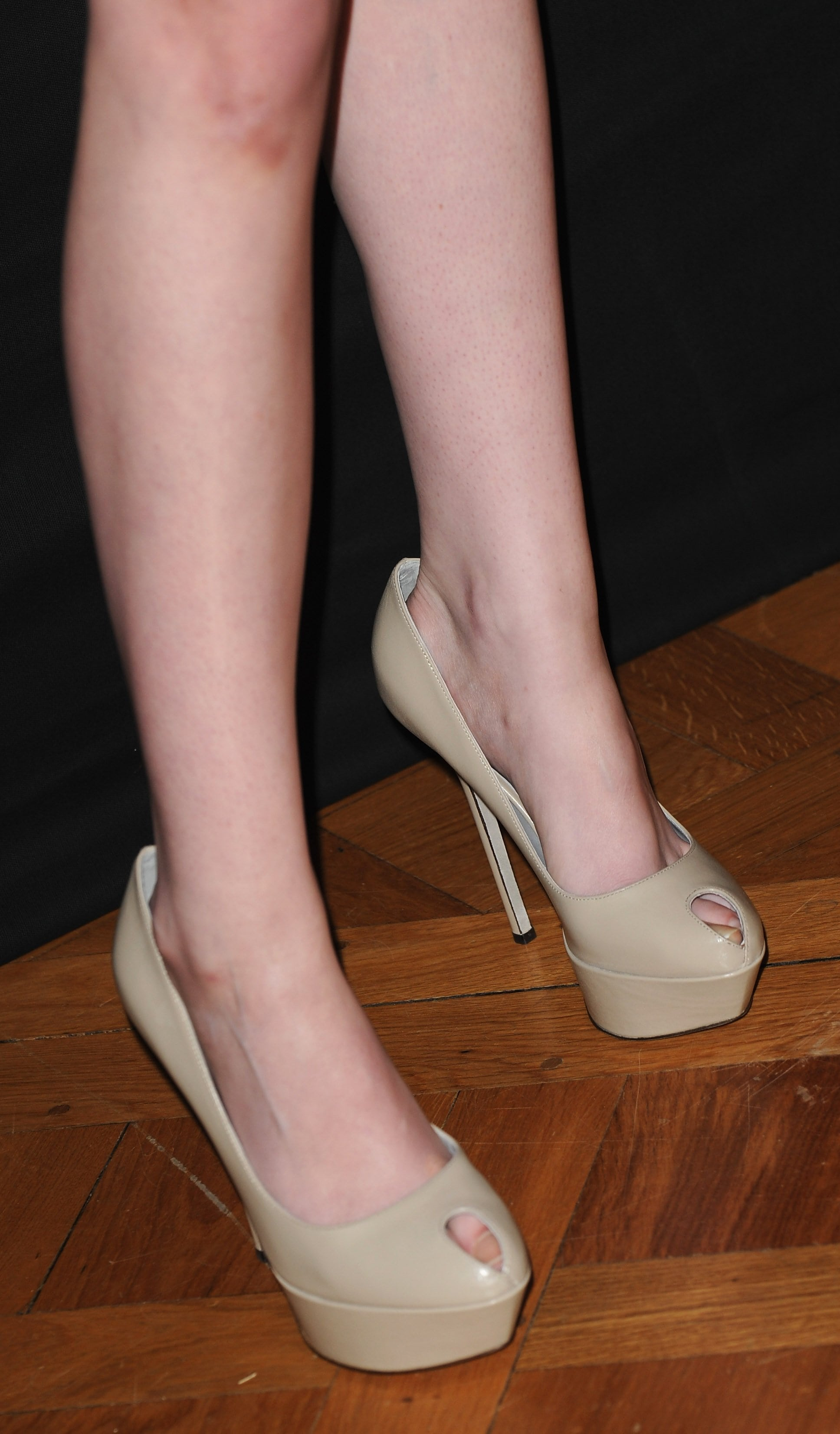 49 sexy photos of Kristen Stewart Foot are truly