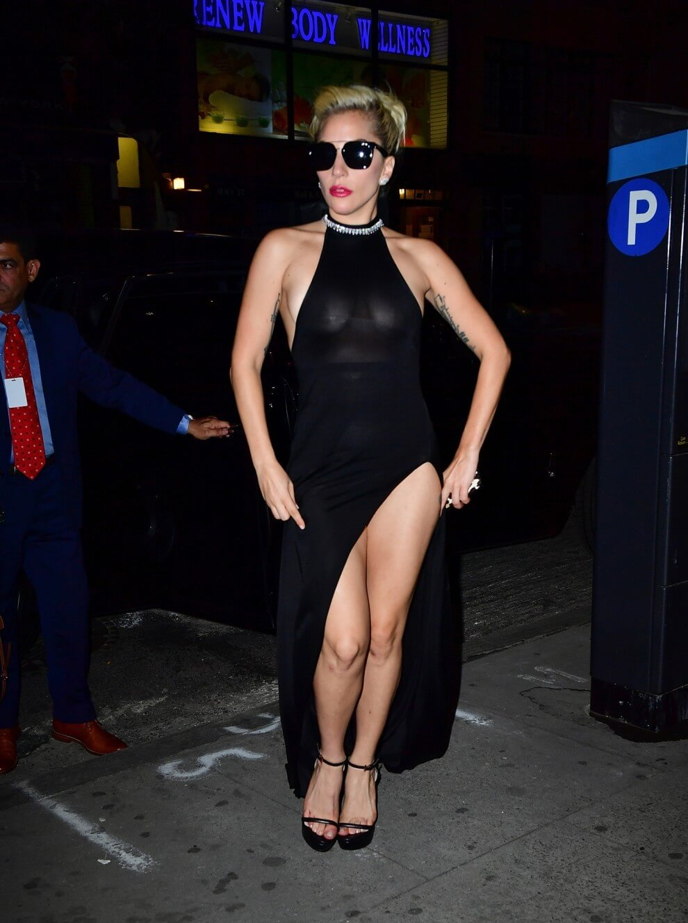 49 photos of Sexy Lady Gaga Feet prove that she is the
