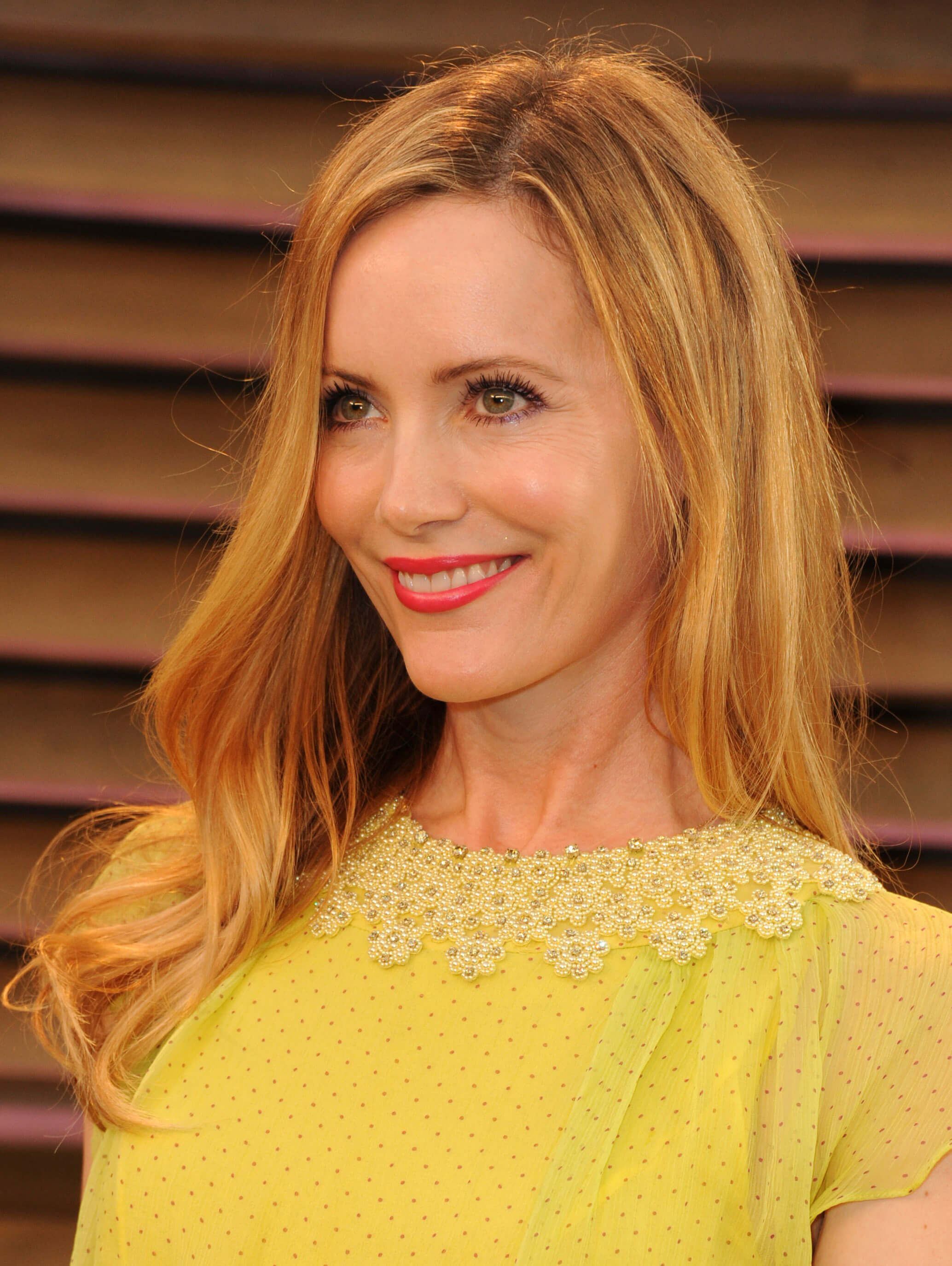 49 hot photos of Leslie Mann exposing their sexy figure in