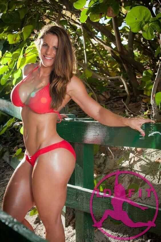 49 hot photos of Linda Durbesson will bring a wide smile on your face