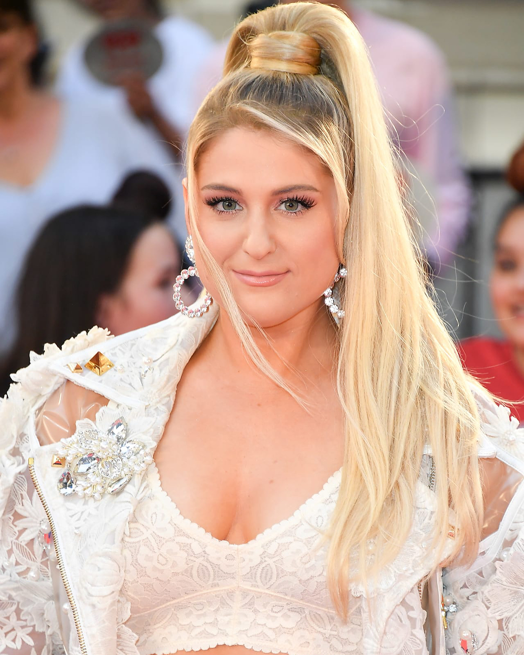 49 hot photos of Megan Trainor that are simply gorgeous