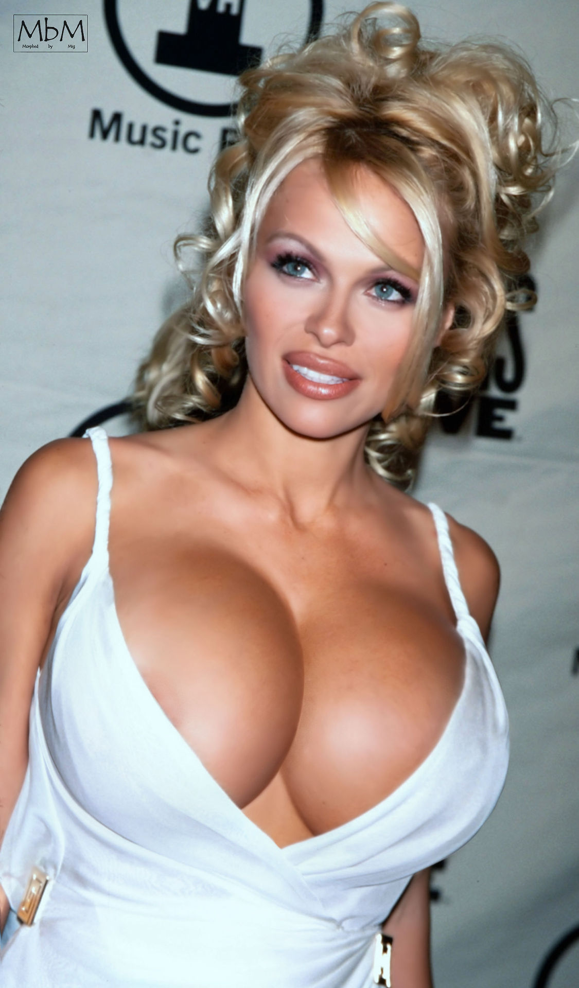 49 sexy pamela anderson boobs that make you sweat