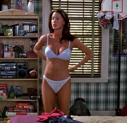 49 Hot Photos Of Shannon Elizabeth Big Butt That Will Make You