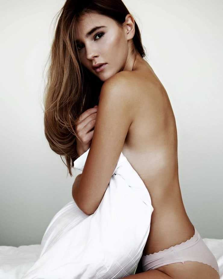 49 Hot photos of Stefanie Giesinger prove that she is the