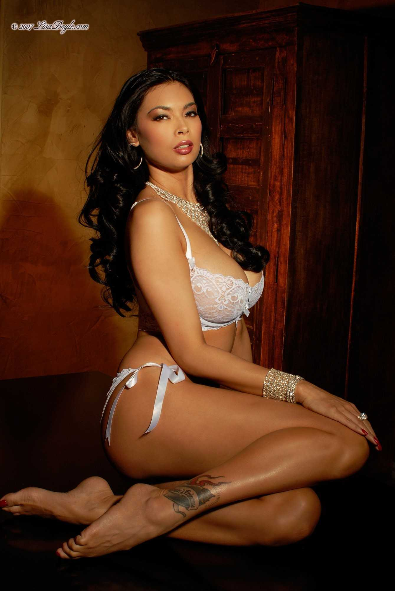 49 hot Tera Patrick photos show off their flawless sexy body