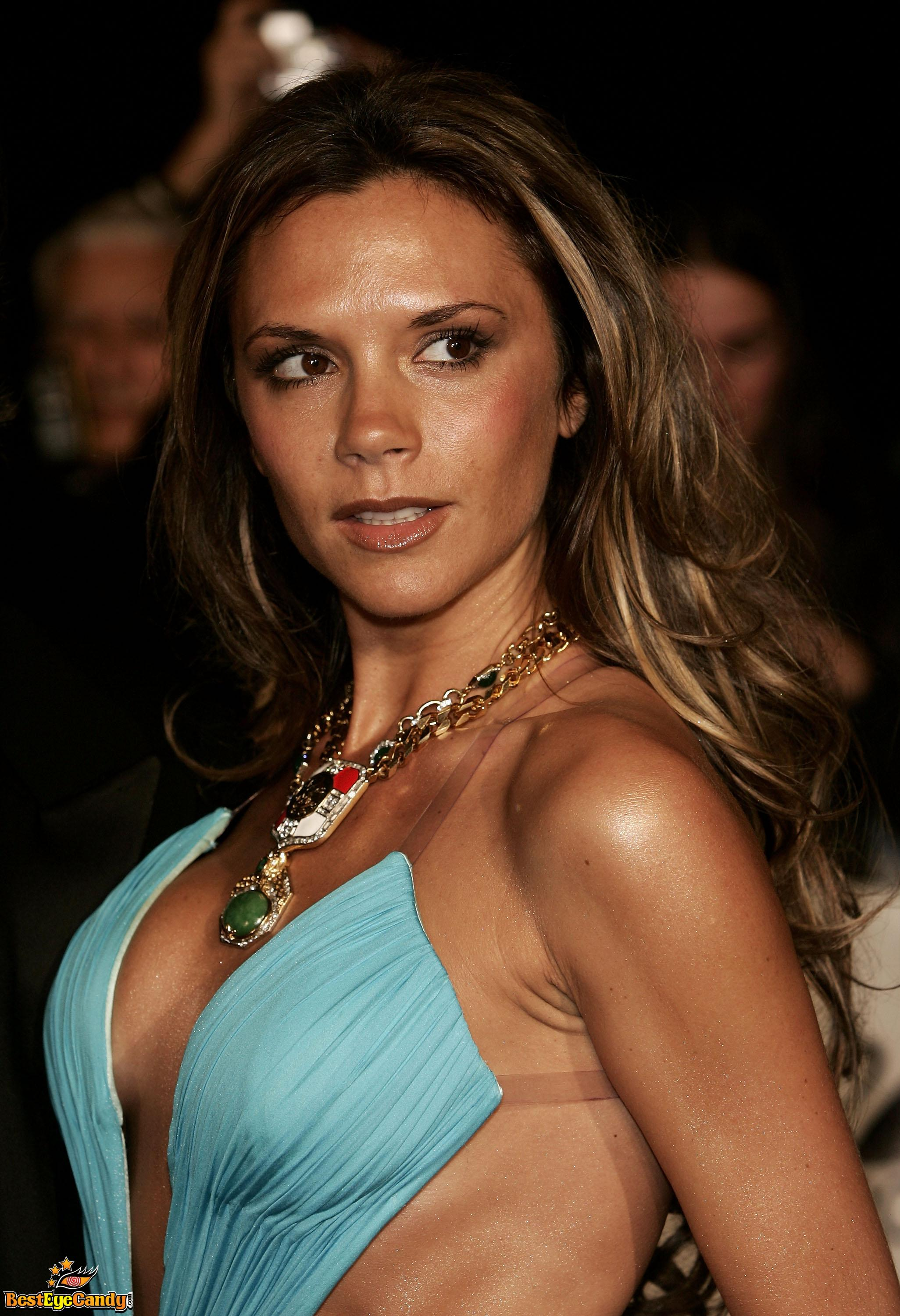 48 hot and sexy photos of Victoria Beckham will make you