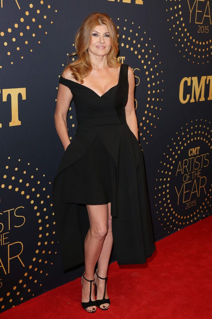 55 hot pictures of Connie Britton that are just gorgeous
