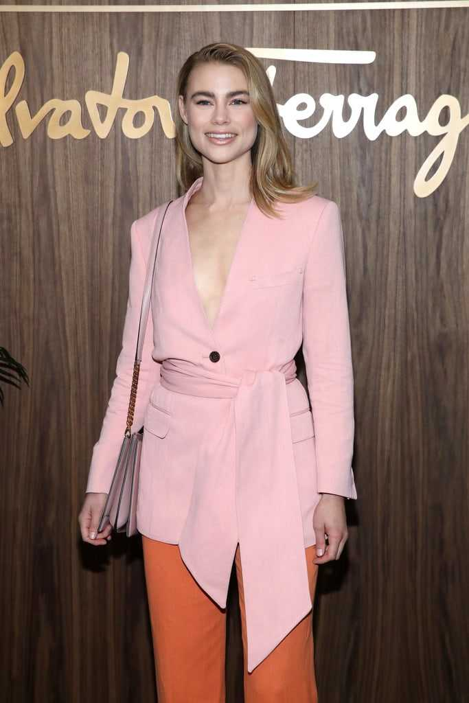 Nackt Lucy Fry  46 Lucy